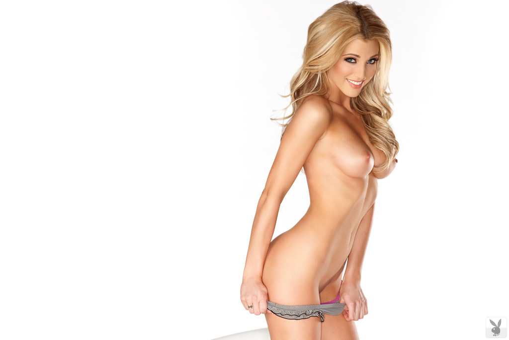 Looking For More Playboy Playmates Join Playboy Cyber Club ...