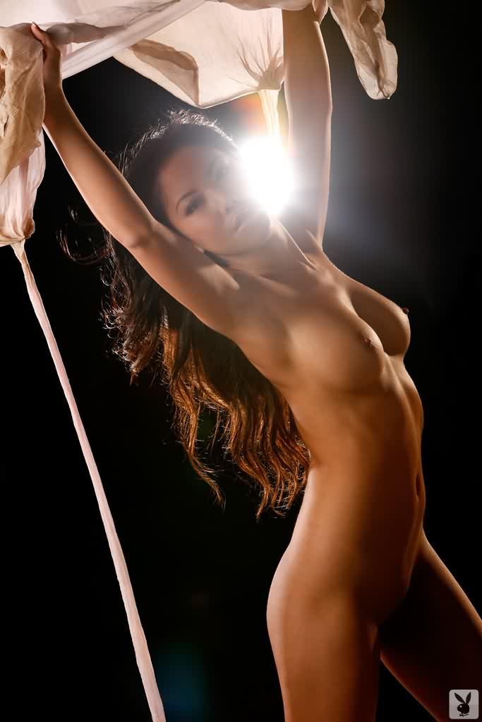 worlds hottest girl naked