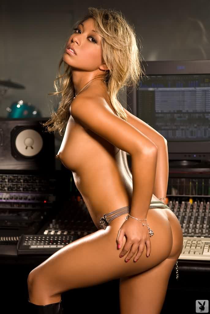 Pictures nude wife mcdonalds website