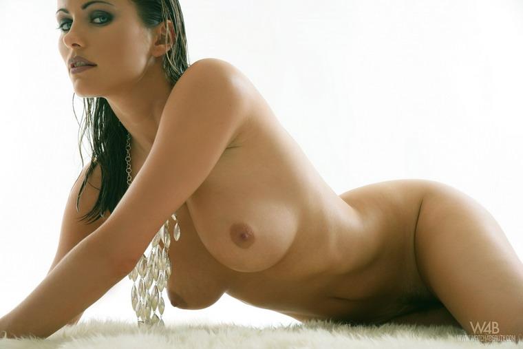красотки фото голышом