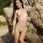 Belle – Nude beach